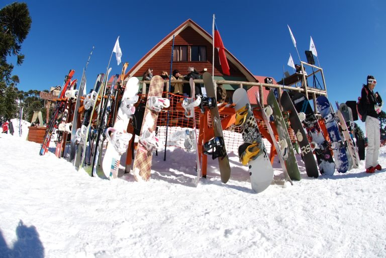 """Centro de Ski """"Araucarias"""", comienza con su temporada invernal 2016, cargada de actividades para grandes y chicos amantes del deporte blanco."""